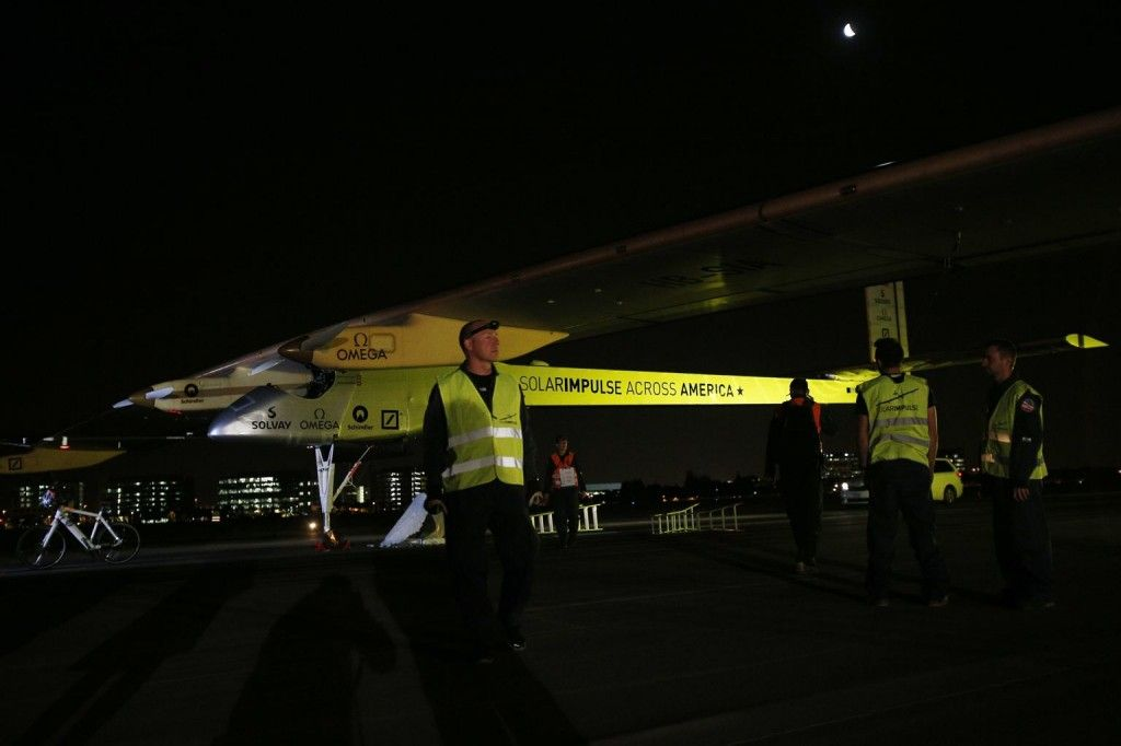 All solar airplane wide
